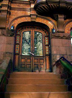 NYC - I WANT this front door!!!