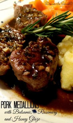 Pork Medallions with Balsamic, Rosemary and Honey Glaze Dinner Is Served (Paleo Pork Fillet) Pork Tenderloin Recipes, Pork Recipes, Healthy Recipes, Cooking Recipes, Sushi Recipes, Recipes Using Pork Fillet, Recipies, Pork Tenderloin Medallions, Beef Medallions