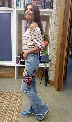 Patrícia Poeta mistura tendências em seu figurino (Foto: Raquel Gonzalez/Gshow)
