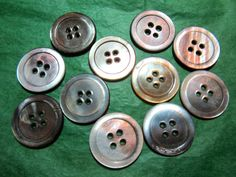 "(11)  1"" RUSTIC SMOKY GRAY PEARL SHELL 4-HOLE BUTTONS - VINTAGE Lot#N15"