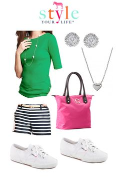 I like the stripped shorts and color top. Summer Outfits, Cute Outfits, Striped Shorts, Mom Style, What To Wear, Dress Up, Spring Summer, Clothes For Women, Casual