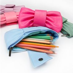 Bow pencil bags. Totally presh!