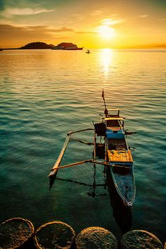 Sunrise at Poto Tano, Sumbawa Indonesia