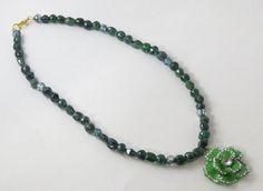 Green l glass bead flower pendant necklace St. by jewlerystar
