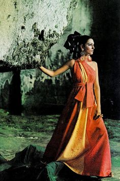 Benedetta Barzini is wearing Trigère, photographed by Henry Clarke.  Vogue, December 1967.