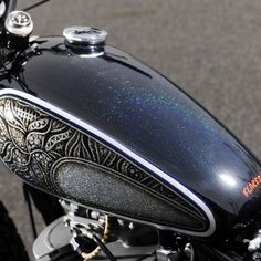 Harley Davidson Motorcycles, Custom Motorcycles, Cars And Motorcycles, Custom Paint Motorcycle, Kustom, Bobber, Cool Cars, Bike Ideas, Belstaff