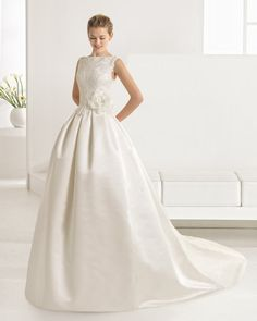 Beaded+duchess+satin+and+lace+dress,+in+ivory.+Beaded+mikado+and+lace+dress,+in+natural.