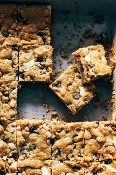 These peanut butter chocolate chip cookie cheesecake bars are just as extreme as they sound. For true dessert lovers! #cheesecake #bars #cookies Chocolate Chip Cookie Cheesecake, Cheesecake Cookies, Chocolate Chip Cookies, Baking Recipes, Cookie Recipes, Dessert Recipes, Bar Recipes, Recipies, Peanut Butter Roll