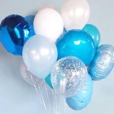 いろんなカラー&種類の風船10個を組み合わせた、バルーンのミックスセットです。バルーンは空気・ヘリウムガスを入れる前の状態でお届けしますので、お客さまご自身でふくらませていただくセットになっています。お誕生日や結婚式など、新しいスタートとなる晴れの日のき...