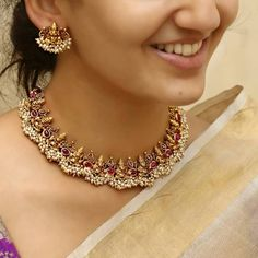 21 Must Have Gold Plated Long Necklace Designs Gold Temple Jewellery, India Jewelry, Gold Jewellery Design, Jewelry Sets, Gold Jewelry, Handmade Jewellery, Designer Jewellery, Gold Bangles, Diamond Jewelry