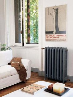 Tiffany Light luxury radiator: an extremely elegant cast iron radiator. This three column radiator is only available in a central heating version.