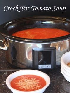 Crock Pot Tomato Soup from LynnsKitchenAdven. Crock Pot Tomato Soup from LynnsKitchenAdven… Sopa Crock Pot, Crock Pot Slow Cooker, Crock Pot Cooking, Slow Cooker Recipes, Soup Recipes, Cooking Recipes, Budget Recipes, All You Need Is, Gourmet