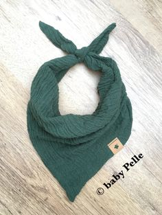 Halstücher - Baby Halstuch Musselin Baumwolle dunkelgrün  - ein Designerstück von babyPelle bei DaWanda