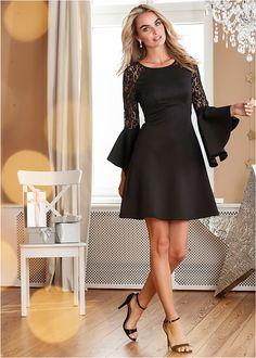 0b9b32336a Sukienka z falbanami i koronką • czarny • bonprix sklep