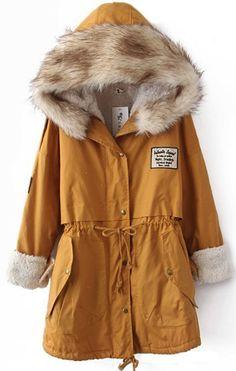 Farb-und Stilberatung mit www.farben-reich.com - Winter hooded coat