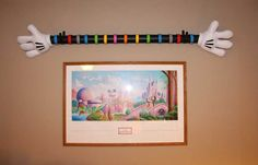 You Can Make This Mickey Mouse Hands Magic Band Display You'll be the envy of all your disney friends and have a great place to keep your Walt Disney World Magic Bands from your Disney trips. I've seen lots of pics of people putting their Magic Bands on all kinds of things around the house, but...