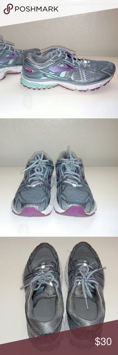 Brooks Ravenna Running Shoes Women's size 9 Brooks Ravenna Running shoes for mild pronation. Cute silvery gray with blue & purple accents. Original inserts gone, comes with Dr Scholl gel inserts. These are a re-posh that were never worn by me and worn approximately 12-17 times by previous owner. Excellent used condition, no holes or tears. Slight scuffing on Brooks design on outside but not noticeable when wearing. Great pair of running shoes that retails over $100 in running stores...they…