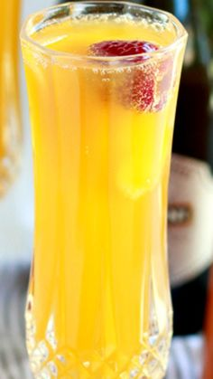Raspberry Peach Mimosas Recipe