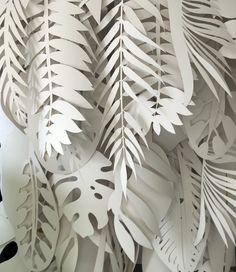 House of Fraser, London // In collaboration with Harlequin Design // May 2015 Origami Paper, Diy Paper, Paper Plants, Paper Leaves, Paper Artwork, Paper Flowers Diy, Grafik Design, Paper Decorations, Paper Design