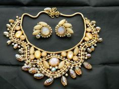 HOBE Lava glass and faux topaz Bib collar Necklace and Earrings parure!