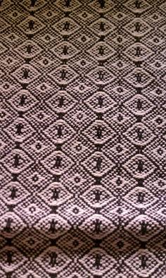 Handwoven 8/2 cotton dishtowel-I need this draft, it looks like the Eye of Sauron.