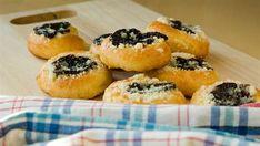 Moravské dvojctihodné koláče Sweet Recipes, Sushi, Baking, Ethnic Recipes, Food, Bakken, Essen, Meals, Backen