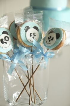 Panda cookies to match the Panda cake :) Panda Themed Party, Panda Birthday Party, Bear Party, Baby Birthday, Panda Bear Cake, Bolo Panda, Panda Baby Showers, Baby Boy Shower, Panda Candy