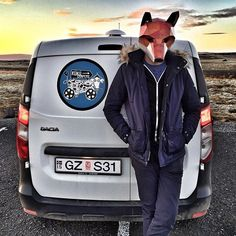 WHAT DOES THE FOX SAY!? #kukucampers #Iceland #IcelandRoadTrip #🇮🇸 #🌋 #🏞 #🏔 #⛺️ #IGersIceland #IG_Iceland #FoxMask #Wintercroft #WintercroftMasks #🐺 #Camping #Camper #CampingLife #CampingVibes