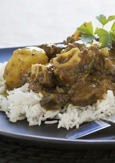 Durban Mutton Curry Recipe - When in Durban, eat curry! - My Easy Cooking - Christoline Namzi - Durban Mutton Curry Recipe - When in Durban, eat curry! - My Easy Cooking - Oxtail Recipes, Lamb Recipes, Curry Recipes, Chicken Recipes, Lamb Dishes, Curry Dishes, Food Dishes, South African Curry Recipe, South African Recipes