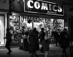 Vienna by Night at Halloween Vienna, Street Photography, Broadway Shows, Behance, Halloween, Night, Gallery, Check, Fotografia