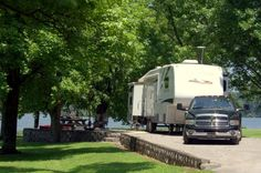 Travel Trailer Camping, Van Camping, Vacation Places, Vacation Spots, Vacation Ideas, Fifth Wheel Campers, Rv Campgrounds, Cedar Creek, Campsite