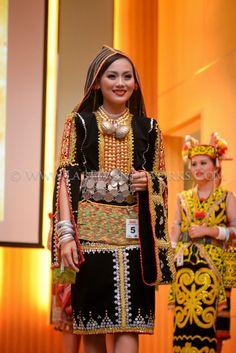 Shellenni Madawal MISS PHOTOGENIC BHF 2014 PHOTO CREDIT :LabfiveNetworks Subsidiary Title@Borneo Hornbill Festival 2014