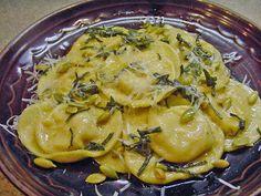 Eating Floyd...: Cooking Floyd: Butternut Ravioli...