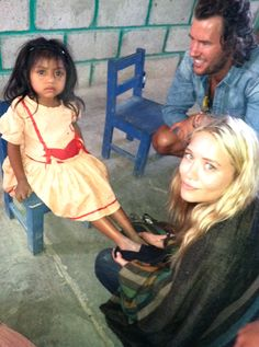 Mary-Kate Olsen @ Toms shoe drop :)