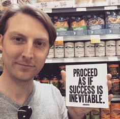 Eric Hutchinson @ whole foods