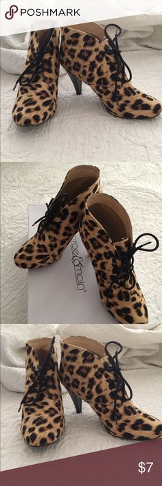 """Monroe & Main Leopard Shootie, Size 7.5, $7🐆 Rock & ROAR in these Monroe & Main Leopard Print Shootie! ADORABLE!  3 1/4"""" heel, worn once - minor imperfection on heel as shown in photo -- reflected in price.  Many compliments received when I wore these, due to knee issue my lose is your gain. Heel imperfection not noticeable when wearing and is stable.  Size 7.5, $7 Monroe & Main Shoes Ankle Boots & Booties"""
