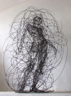 Kint [Artzu Art Gallery] Amazing figure sculpted in wire! http://www.artzu.co.uk/artist/judit-rabozky/kint/