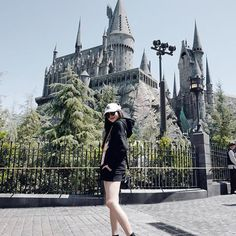 Cute Poses For Pictures, Girl Pictures, Girl Photos, Best Photo Poses, Girl Photo Poses, Ulzzang Korean Girl, Cute Korean Girl, Beach Photography Poses, Portrait Photography