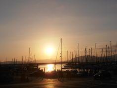 ...e chiudere la giornata davanti allo splendido tramonto del lungomare di Alghero...