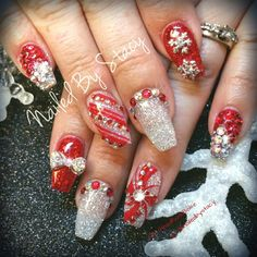 Candy Cane Nails by NailedByStacy from Nail Art Gallery Xmas Nails, Red Nails, Love Nails, Hair And Nails, Holiday Nail Designs, Holiday Nail Art, Nail Art Designs, Fancy Nails, Bling Nails