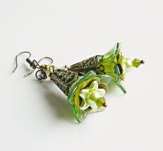 Green Flower earrings Boho Statement Earrings Green Flower dangles Bohemian jewelry Boho Wedding Hippie Gypsy (21.00 USD) by MarianneMerceria