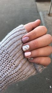 nails, You can collect images you discovered organize them, add your own ideas to your collections and share with other people. Cute Short Nails, Short Gel Nails, Winter Nail Designs, Gel Nail Designs, Bag Women, Coffin Nails Long, Pedicure Nails, Types Of Nails, Black Nails