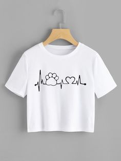 Casual Regular Fit Round Neck Short Sleeve Pullovers White Crop Length Graphic Printed Crop Tee - Graphic Shirts - Ideas of Graphic Shirts - Girls Fashion Clothes, Teen Fashion Outfits, Trendy Outfits, Girl Outfits, Ootd Fashion, Fashion Art, Shirt Designs, T Shirt Painting, Vetement Fashion