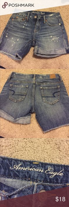American Eagle jean shorts Like new jean shorts.  Can be worn cuffed or frayed. American Eagle Outfitters Shorts Jean Shorts