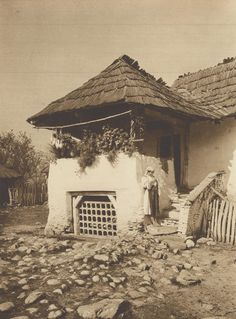 Old Photography, Romania, Gazebo, Outdoor Structures, Traditional, House Styles, Image, Houses, Photos