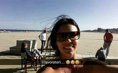 Con questa foto che rappresenta la #felicità di fare un #lavoro #divertente vi do la #buonanotte #sempreconilsorriso #zaffiro76 #Rimini #spiaggia #mare #sole #snapchat #bagnina #domanicisiriposa #finchèpossibile by bagnozaffirorimini