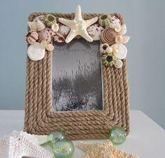 Nautical Decor Rope Frame - Beach Decor Shell Frame w Seashells by Emel Seashell Art, Seashell Crafts, Beach Crafts, Diy And Crafts, Seashell Frame, Frame Crafts, Diy Frame, Rope Frame, Rope Mirror