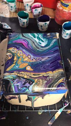Upcycled cigar box with fluidart Ceramic Pottery acrylic pour painting Box cigar Fluidart Upcycled Epoxy Resin Art, Diy Resin Art, Diy Art, Resin Crafts, Acrylic Pouring Art, Acrylic Art, Acrylic Resin, Flow Painting, Pour Painting