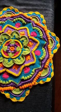 Transcendent Crochet a Solid Granny Square Ideas. Inconceivable Crochet a Solid Granny Square Ideas. Crochet Squares, Motif Mandala Crochet, Mandala Blanket, Granny Square Crochet Pattern, Freeform Crochet, Crochet Blanket Patterns, Diy Crochet, Crochet Stitches, Crochet Hooks