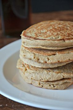 Gluten Free Banana Oat Blender Pancakes - made these. They were delicious and very easy to make.